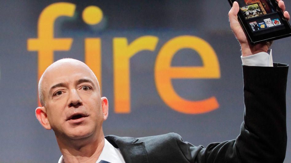 Auf in den Kampf: Amazon-Chef Bezos präsentiert den Tablet-Computer seines Hauses