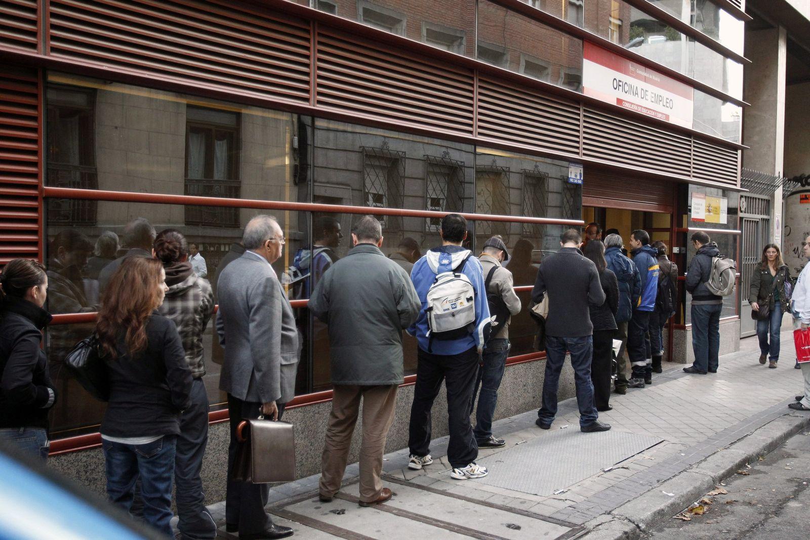 Euro Zone unemployment rises arbeitslose spanien