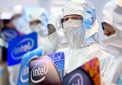 Vermummt: Noch weiß niemand, welchen Umsatz Intel 2009 erzielen wird