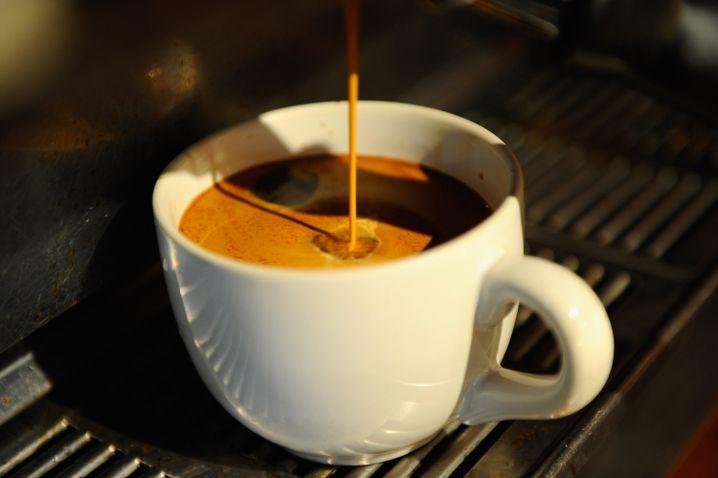 Wichtige Frage: Darf ich Ihnen erst einmal einen Kaffee anbieten?