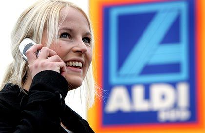 Harter Wettbewerb: Als Aldi Mobilfunkverträge verkaufte, setzten die Mobilfunkanbieter kurzfristig ihre Preise nach unten.