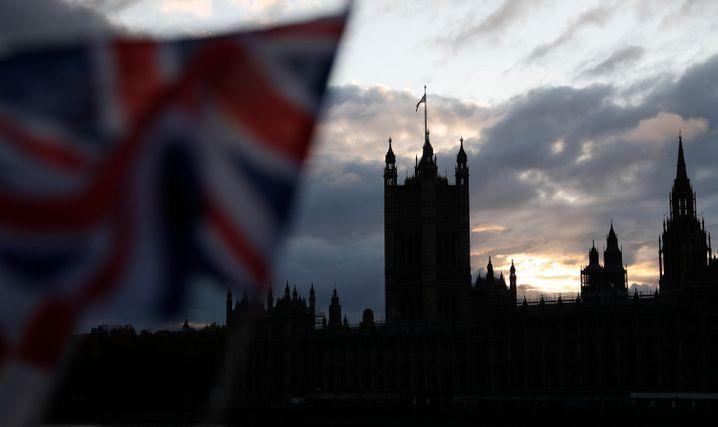 Nur noch wenige Stunden Teil der EU: Aber wie finster wird es in London?
