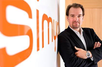 Keine Grundgebühr: Simyo-Geschäftsführer Hansen studierte BWL und gründete 2004 den Mobilfunkdiscounter Simyo, der inzwischen voll zur deutschen KPN-Tochter E-Plus gehört