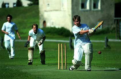 Traditionssport im Lyceum Alpinum: Cricket
