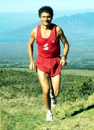 Keep on running: Der Biologe Herbert Steffny gewann etliche deutsche Meisterschaften, darunter auch im Marathon. Heute leitet er Laufseminare, schreibt Laufbücher und kommentiert Sportereignisse im Fernsehen. Als Personal Trainer arbeitete er unter anderem für den grünen Ex-Minister Joschka Fischer.