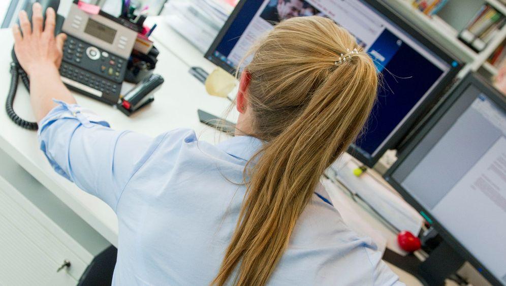 Büroleiden: Wie Büroarbeiter Rückenleiden vorbeugen