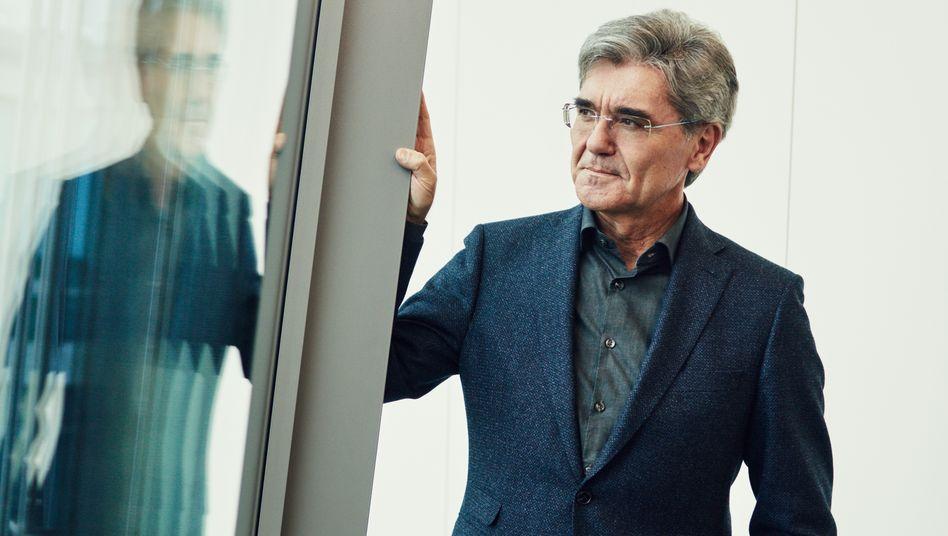 Vormann hinter Glas: Siemens-Lenker Joe Kaeser liebt das Spiel mit der Öffentlichkeit – anders als das Gros seiner Dax-Kollegen