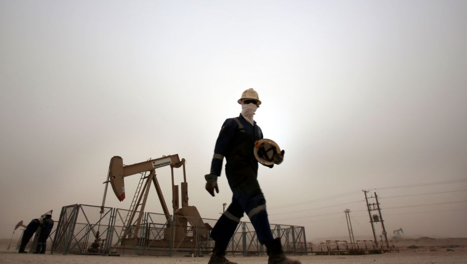"""Die Ölkrisen der 70er Jahre und die Corona-Krise könnten trotz eines stark unterschiedlichen Impulses - Virus versus Öl - ähnliche Auswirkungen haben: nämlich einen """"angebotsseitigen Abschwung"""" auslösen."""