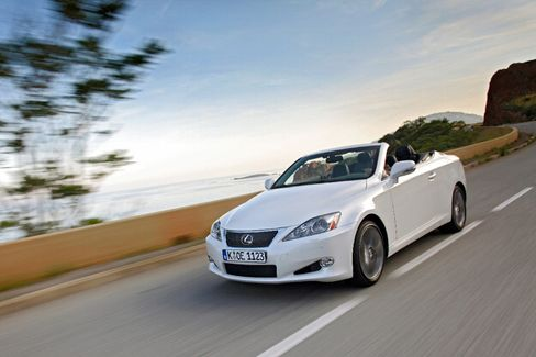 Eleganz auf Japanisch: Der Lexus IS 250 Cabrio