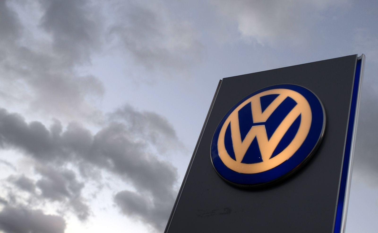 Volkswagen VW Logo