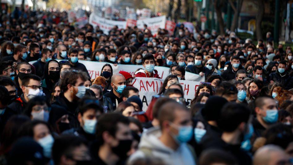 Jugend ohne Arbeit: Vor wenigen Tagen gingen Tausende junge Menschen in Athen auf die Straße, um in erster Linie gegen die Bildungsreformen zu protestieren