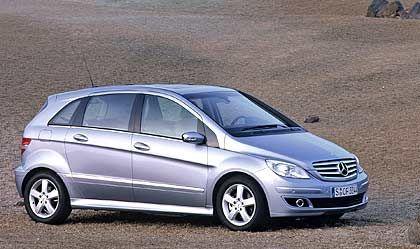 Macht Platz: Die Mercedes B-Klasse ist der erste Minivan der Marke im Golf-Segment