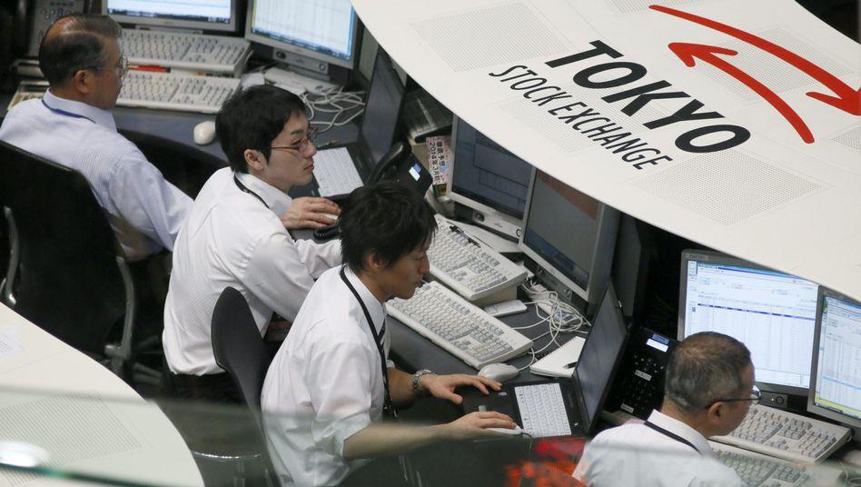 Kann das gutgehen? Der Nikkei notiert auf Siebenjahreshoch - doch so mancher hat angesichts der Verzweiflungstat der Notenbanker seine Zweifel