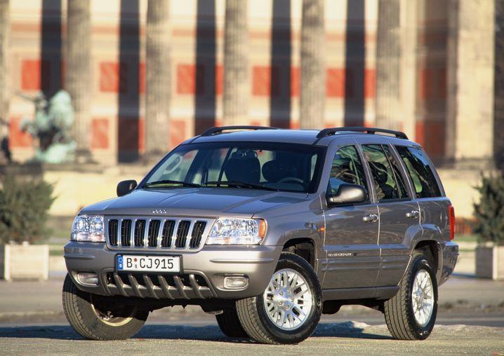 Jeep Grand Cherokee aus dem Jahr 2002: Wenn das Fahrzeug gerammt wird, können laut US-Verkehrssicherheitsbehörde im Extremfall Tanks bersten