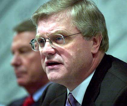 Kämpft an allen Fronten Bayer-Vorstandschef Werner Wenning.