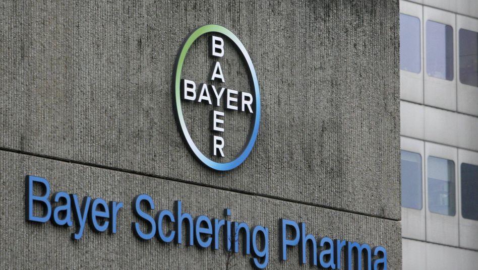 Bayer ohne Schering: Der Verzicht auf die Marke Schering und Sonderlasten durch Rechtsstreitigkeiten sorgte im vierten Quartal für Belastungen in Höhe von 1,7 Milliarden Euro