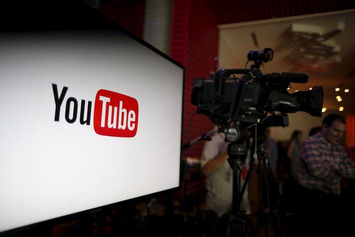 Videos können die Chinesen nicht über YouTube schauen und teilen, denn die Seite ist in der Volksrepublik gesperrt. Stattdessen steht ...