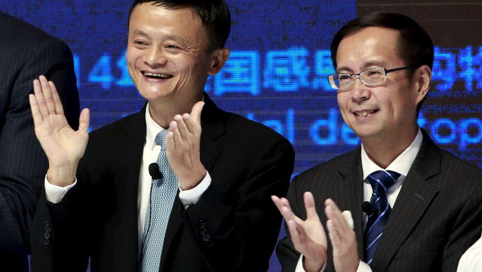 Alibaba-Gründer Jack Ma (l.) und CEO Daniel Zhang an der New Yorker Börse im November 2015
