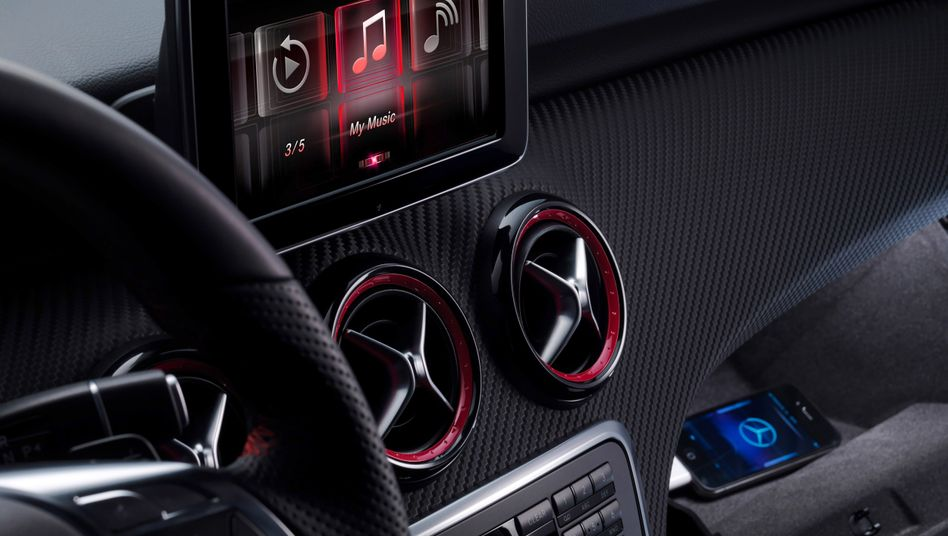 iPhone-Integration in Mercedes' neuer A-Klasse: Vernetzung soll für neue Dienste sorgen