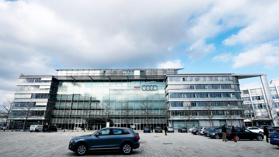 Audi in Ingolstadt: Erneut Durchsuchungen bei Audi, auch zwei ehemalige Vorstände sind betroffen