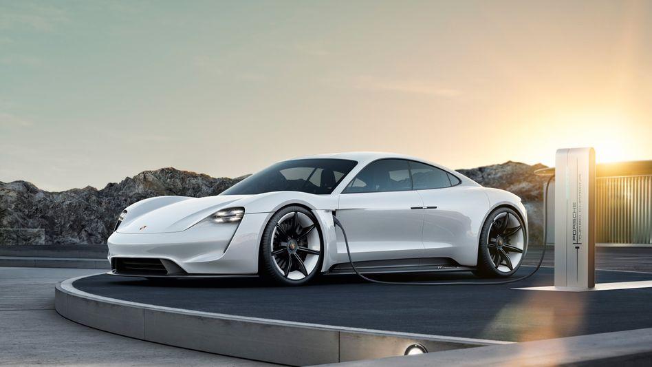 Porsches Elektro-Sportwagen Taycan soll Ende 2019 in den Verkauf kommen