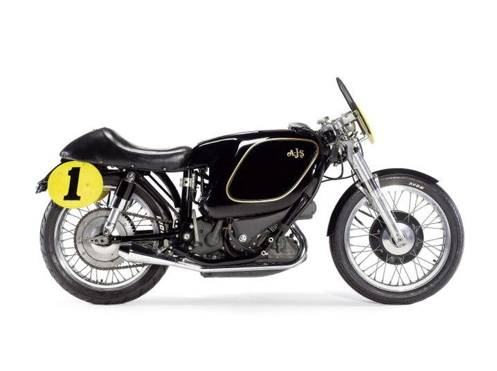 AJS E95 Porcupine (1954): Dieses Oldtimer-Motorrad versteigerte Bonhams 2011 auf einer Auktion in Californien