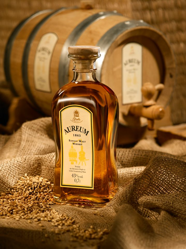 """Gold, Gold, Gold: """"Aureum"""" heißt der Whisky der Edelobstbrennerei Ziegler"""