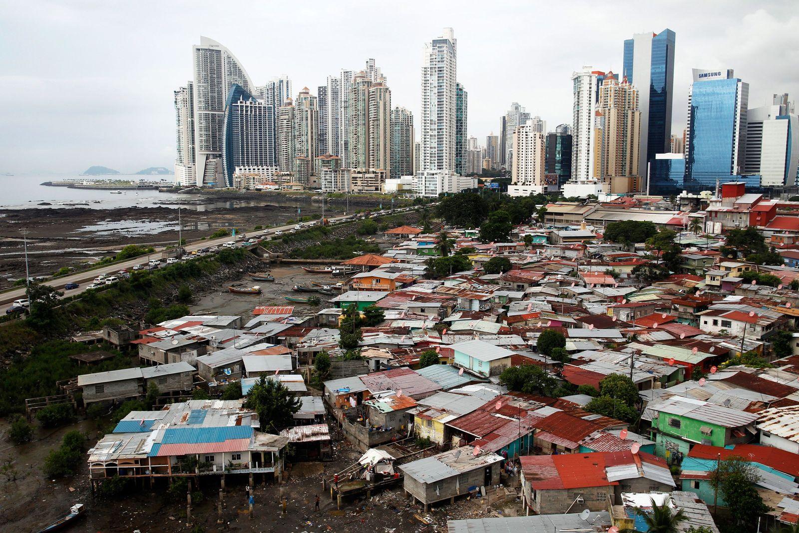 Armut / Reichtum / Arm / Reich / Ungerechtigkeit / Ungleichheit / Panama-City / Steueroasen