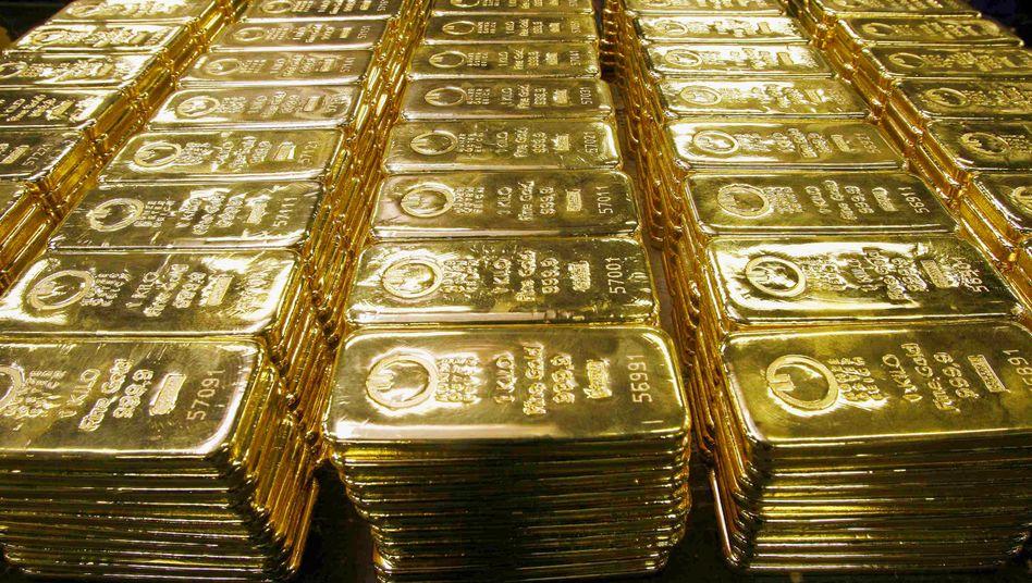 """Flucht ins Gold: Anleger suchen insbesondere bei politisch unsicheren Lagen die """"sicheren Häfen"""" auf"""