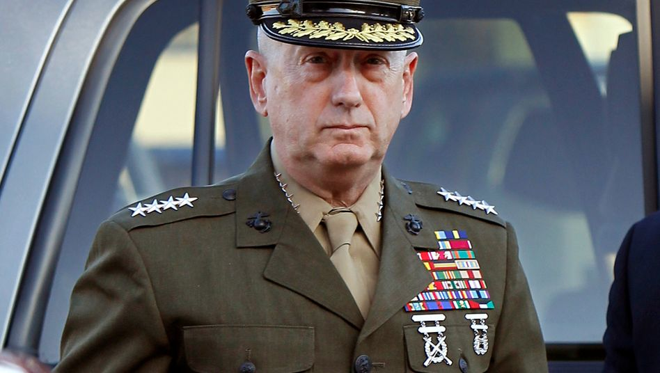 Hochdekoriert und über die Parteigrenzen hinweg angesehen: Der Vier-Sterne-General James Mattis ...