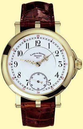 Schönes Beiwerk: Uhr von Lang & Heyne