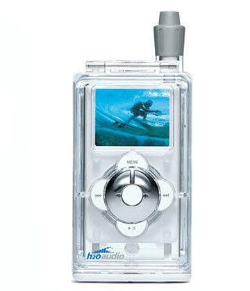 Wasserdicht: Baden mit Musik mit der H2O-Hülle