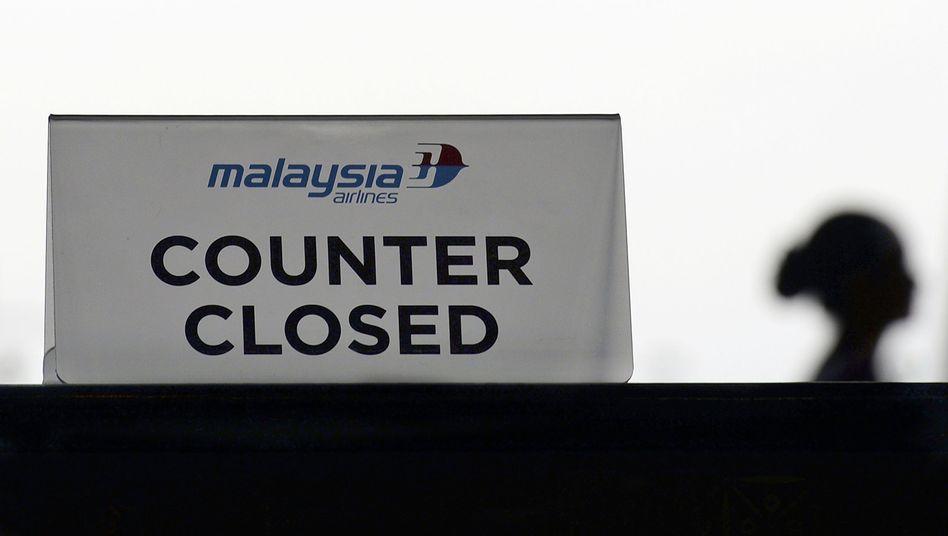 Malaysia-Airlines-Schalter am Flughafen in Kuala Lumpur: Zweite Tragödie binnen vier Monaten