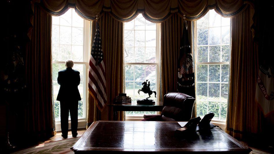Steht da ein Dr. Jekyll und Mr. Hyde im Oval Office?