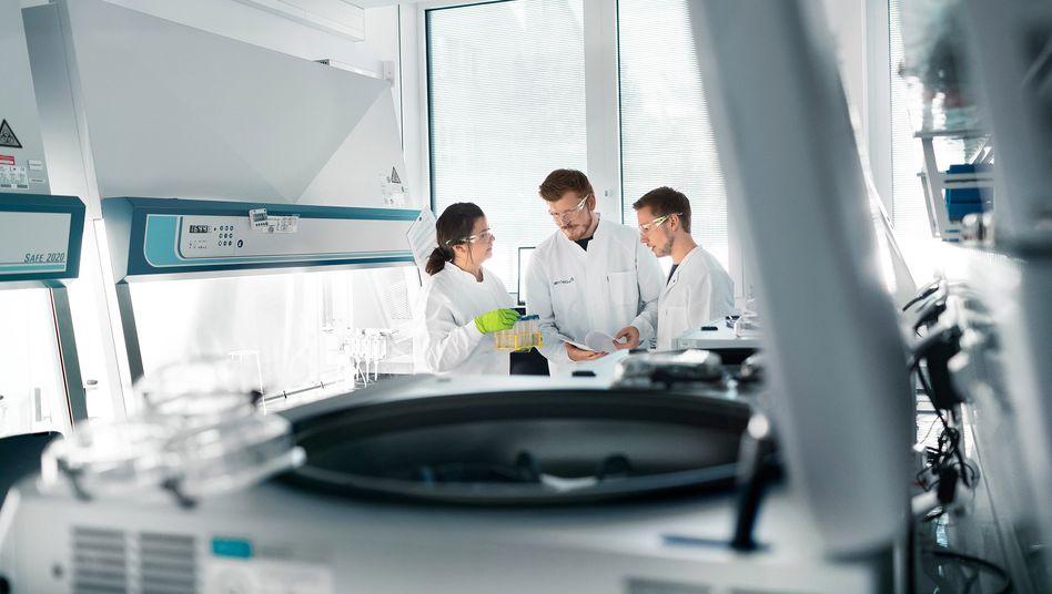 BioNTech: Bis Ende April wollen die Mainzer einen Impfstoffkandidaten bei Deutschlands Behörden einreichen