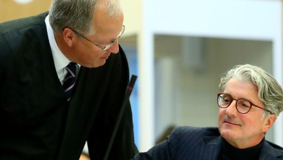 Rupert Stadler (r.) und sein Anwalt Thilo Pfordte (l.)