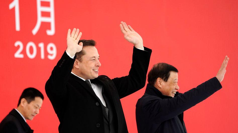 Für Tesla-Chef Elon Musk läuft es gerade nicht schlecht. Seine Firma ist nach einem gewaltigen Kurssprung am Donnerstag jetzt mehr wert als General Motors