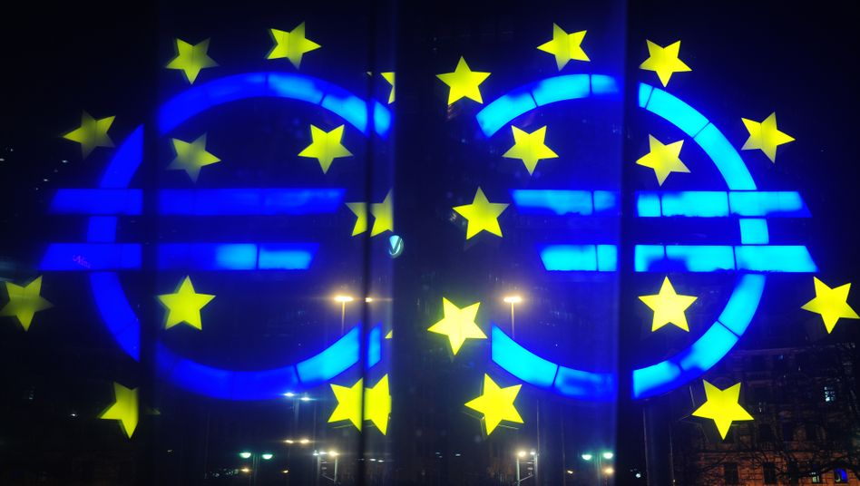 Schwacher Euro, guter Euro? Unbestritten ist - die deutsche und europäische Konjunktur profitieren von der Schwäche der Gemeinschaftswährung