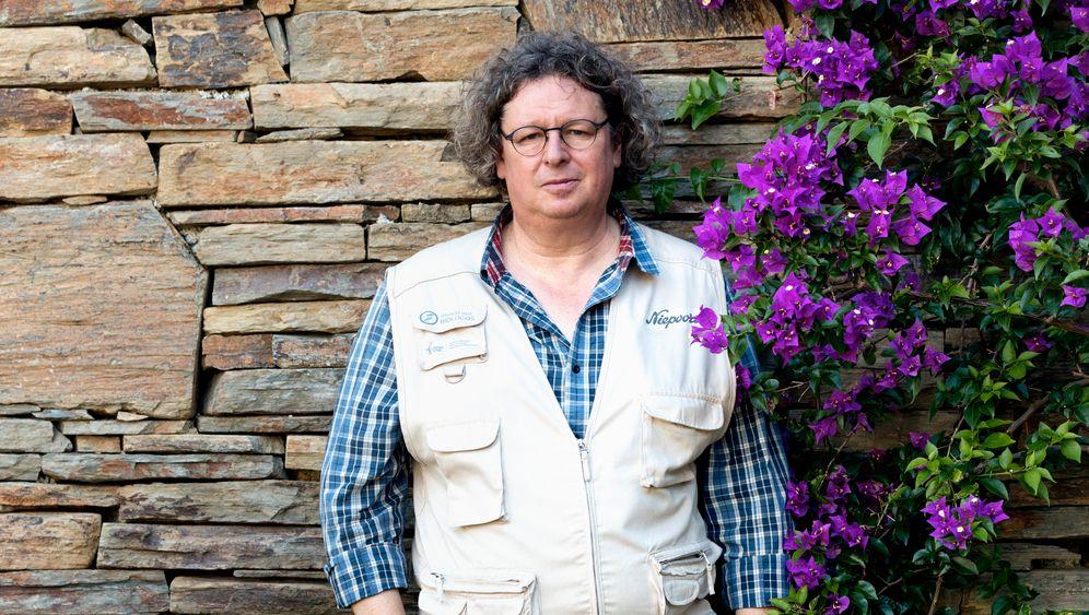 Kellermeister: Dirk van der Niepoort zwischen Fässern mit Batuta-Wein im Douro