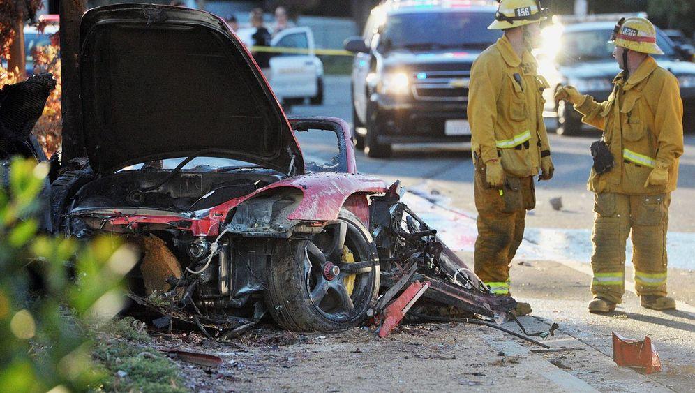 Tod von Paul Walker: Verbrannt im Autowrack