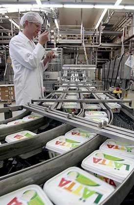 Lätta-Produktion: Die Margarine gehört ebenfalls zum Unilever-Konzern