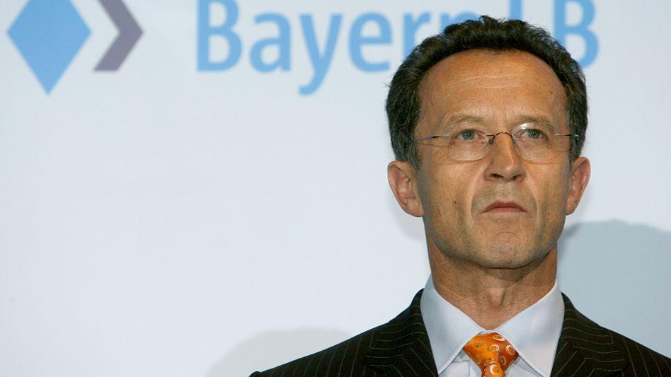 """""""Nie im Leben grob fahrlässig"""": Der Sparkassenpräsident und Vorsitzende des BayernLB-Verwaltungsrats, Siegfried Naser"""