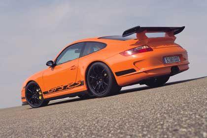 """""""Eine ähnliche Bedeutung wie der Porsche"""": Statussymbol Clubmitgliedschaft"""