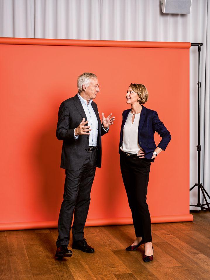 Haniel-Oberhaupt Franz Markus mit seiner neuen Aufsichtsratschefin Doreen Nowotne bei einem früheren Foto-Termin für manager magazin (vor dem Ausbruch der Corona-Pandemie).