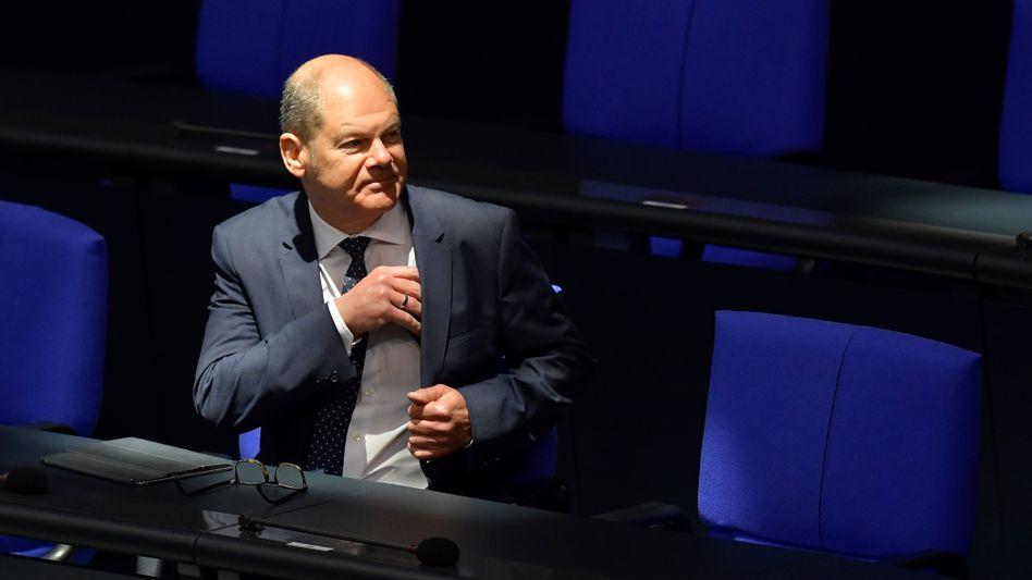 Plant mit neuen Schulden in Höhe von 96 Milliarden Euro für das kommende Jahr: FinanzministerOlaf Scholz