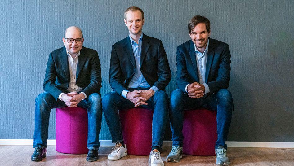 Prozessbevollmächtigte: Die Celonis-Gründer Bastian Nominacher, Alexander Rinke, Martin Klenk (v.l.n.r.) analysieren mit ihrer Software das Innere von Unternehmen