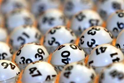 """Lottospiel: """"Wo war die Suchtprävention bei dem 37-Millionen-Euro-Jackpot?"""""""