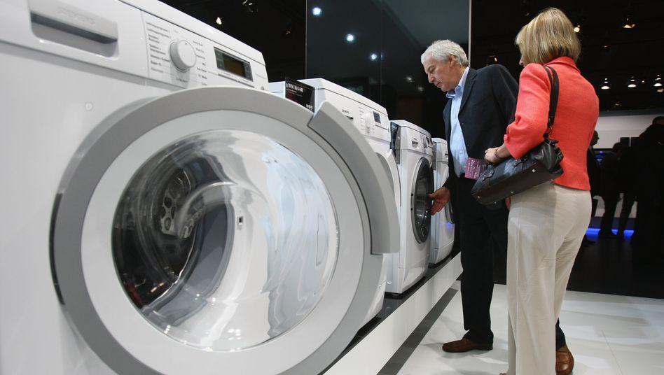 Mehr Umsatz im November: Neben Haushaltsgeräten waren vor allem Einrichtungsgegenstände und Artikel in Baumärkten gefragt