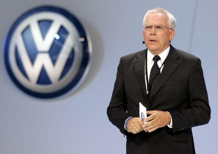 Auch Audis Obertechniker Ulrich Hackenberg wurde im Zuge der Abgasaffäre beurlaubt - einen offiziellen Nachfolger