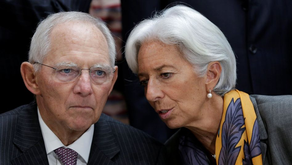 """Schäule, Lagarde: """"Wir sollten uns alle Sorgen machen über ein langsames Wachstum des Welthandels und die zugenommene Rhetorik gegen Freihandel."""""""